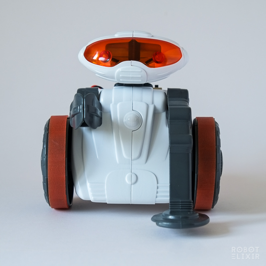 Mio the Robot - Metal detecting toy by Clementino in association with the British Science Museum