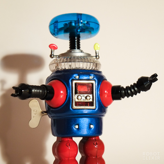 Lost in Space Robot Tin Toy Remco Commemorative