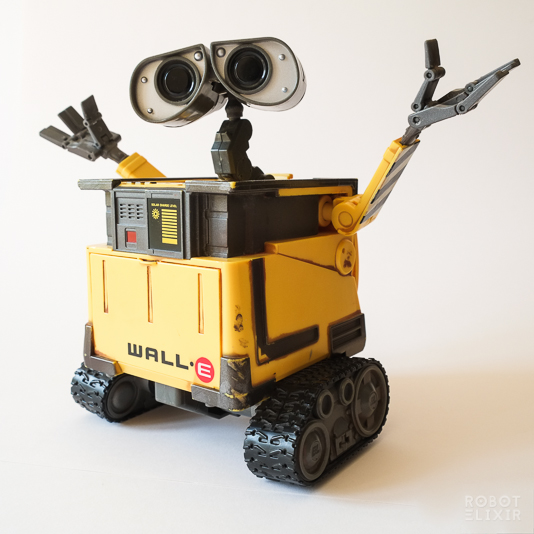 Thinkway Toys Transforming WALL-E Toy