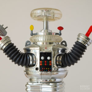 Trendmasters Lost in Space Robot B-9 (Collector's Series Chrome Version)
