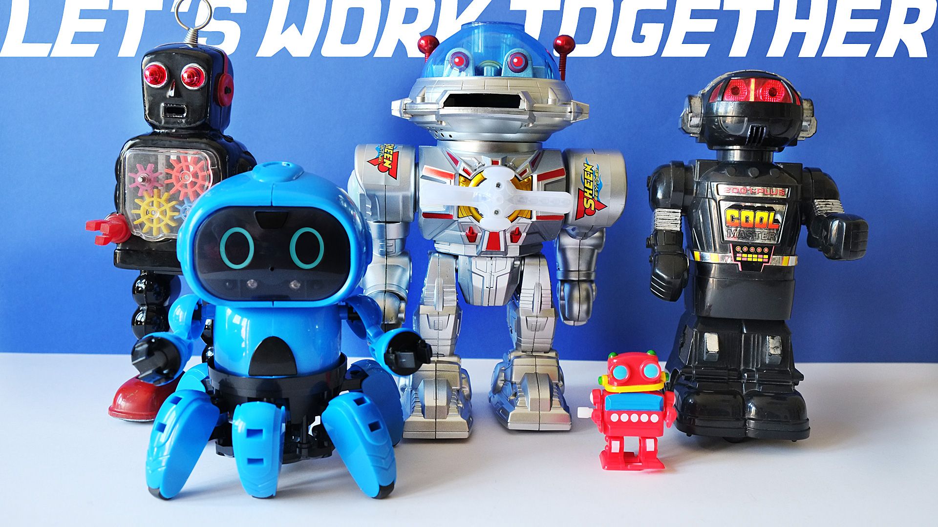 5 ROBOTS Work Together - United as they defend planet Earth