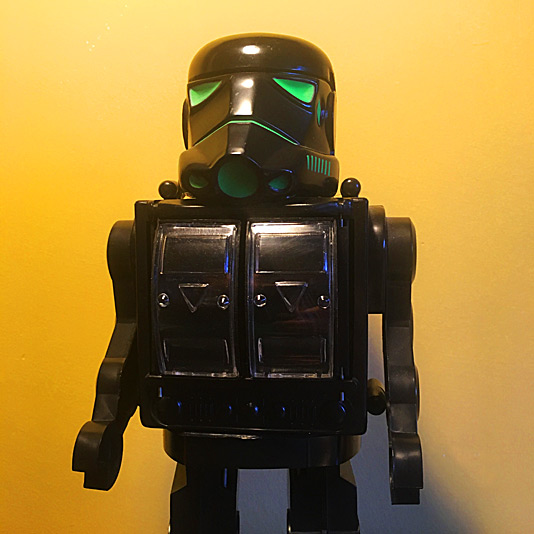 Star Robot (Stormtrooper with Nite-Glow)